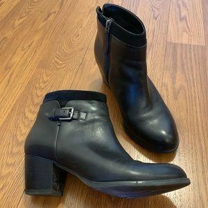 Franco Sarto Huntress Black Ankle Zip Boot 7.5
